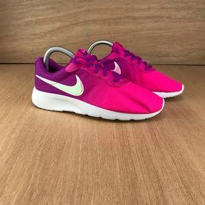 NIB Nike Tanjun Print Hyper Violet